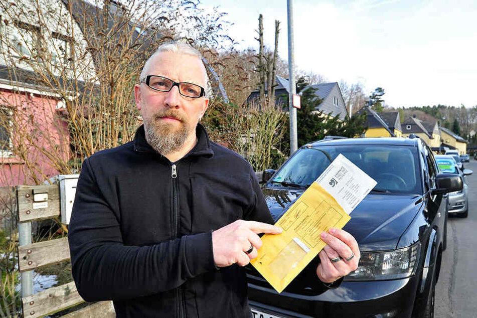 Torsten Arnold soll 43,50 statt 15 Euro zahlen - weil ein Anhörungsschreiben nicht in seinem Briefkasten landete.
