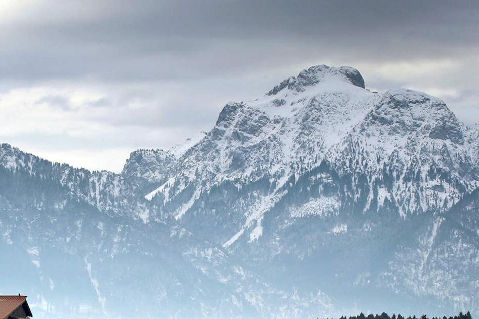 In den Tiroler Alpen starb ein 68-jähriger Mann (Symbolbild).