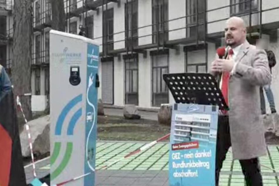 "Räpple bezichtigte Journalisten der ""linksgrünen Propaganda"". (Screenshot)"