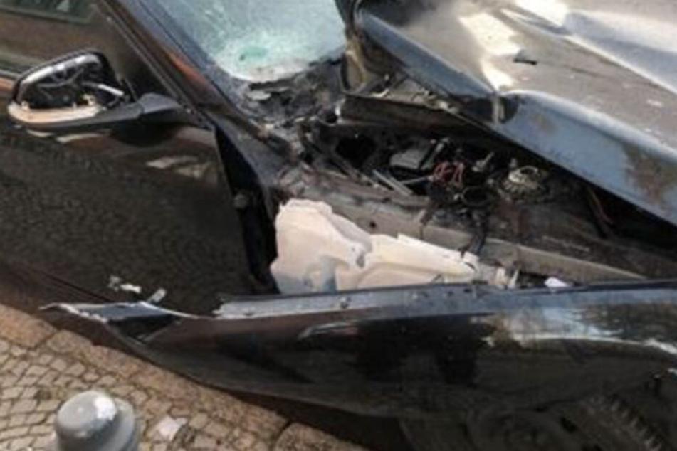 Leipzig: BMW schwer beschädigt: Illegale Böller schuld?