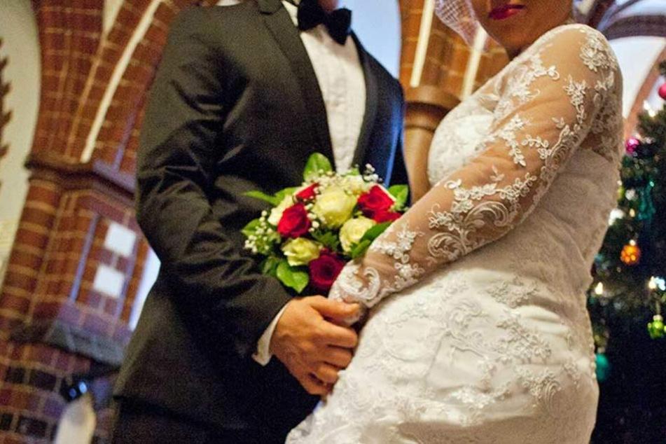 Die meisten Ehen mit Minderjährigen wurden im Ausland geschlossen (Symbolbild).