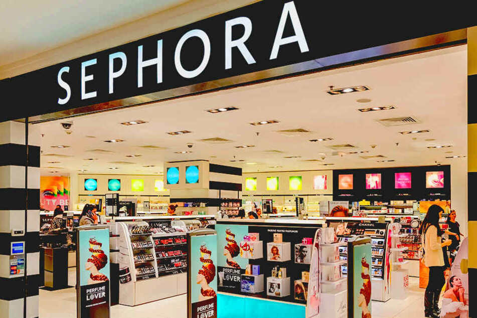"""Endlich! Die beliebte Make-up-Kette """"Sephora"""" kommt mit gleich 14 Filialen nach Deutschland."""