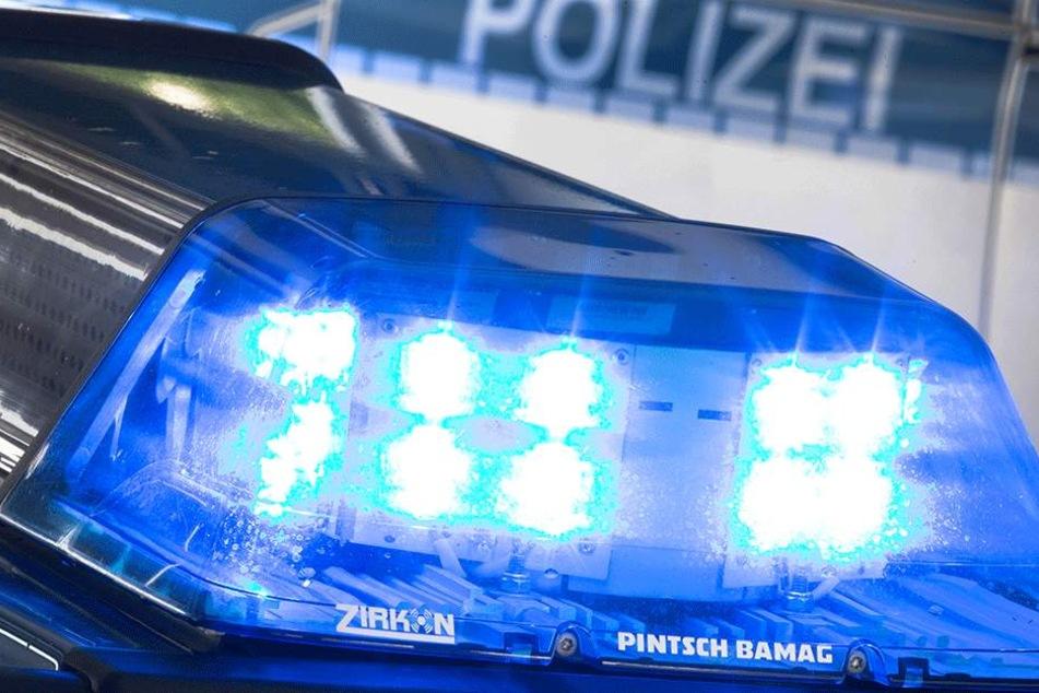 Die Polizei warnt vor neuen dreisten Betrügern. (Symbolbild)