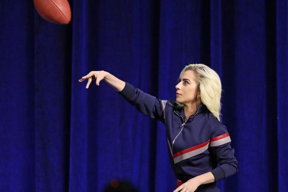 Schon beim Super Bowl hatte die Sängerin den Ring nicht mehr am Finger.