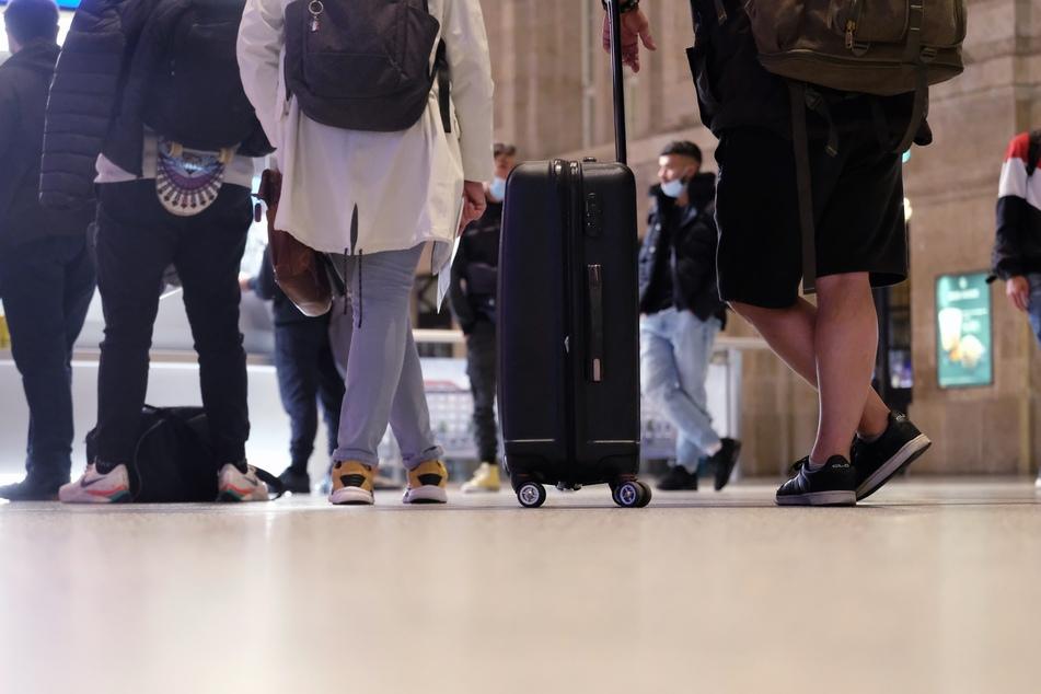 Bereits am ersten GDL-Streiktag mussten sich Reisende an Sachsens Bahnhöfen auf längere Wartezeiten einstellen.