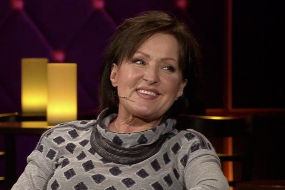 """Ute Freudenberg (64) geizte nicht mit Komplimenten an Bettermann und verrät ihren großen Traum, einmal an der Seite von """"Dr. Martin Stein"""" spielen zu dürfen."""