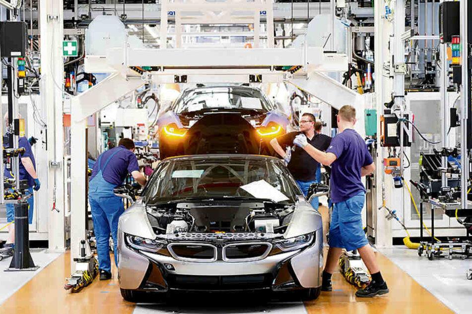 Sachsens Autoindustrie, hier die BMW-Produktion in Leipzig, verkauft weniger nach Großbritannien und in die USA.