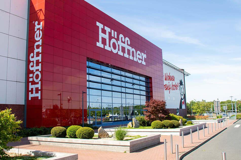 Bei Möbel Höffner gibt's kurze Zeit Personal-Rabatt für alle Kunden