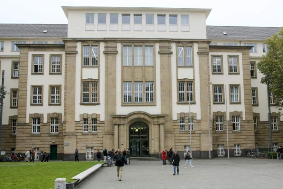 Das Urteil fällt vor dem Duisburger Schwurgericht.