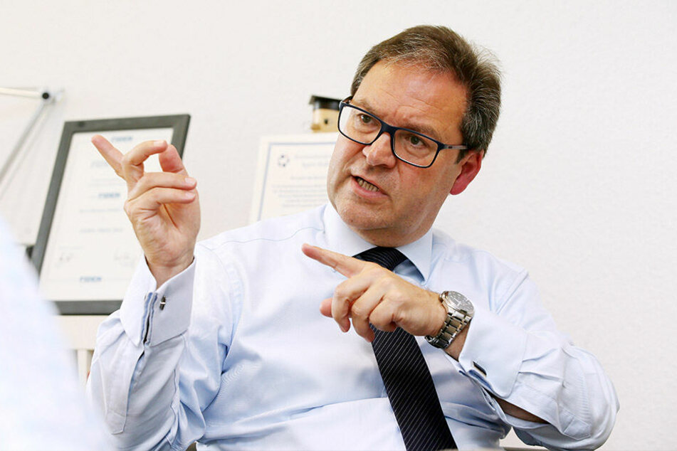 Hermann Winkler (56, CDU) ist seit 2009 im EU-Parlament, war zuvor auch schon Chef der Staatskanzlei. Jetzt muss er um den Wiedereinzug bangen.