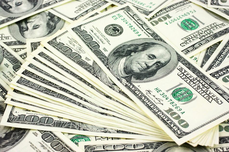 Der glückliche Gewinner darf sich auf einen millionenschweren Geldregen freuen. (Symbolbild)