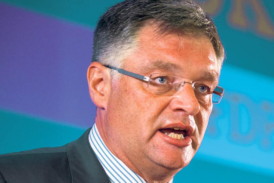 Jeder dritte Parteifreund gegen ihn: FDP-Zastrow musste Federn lassen