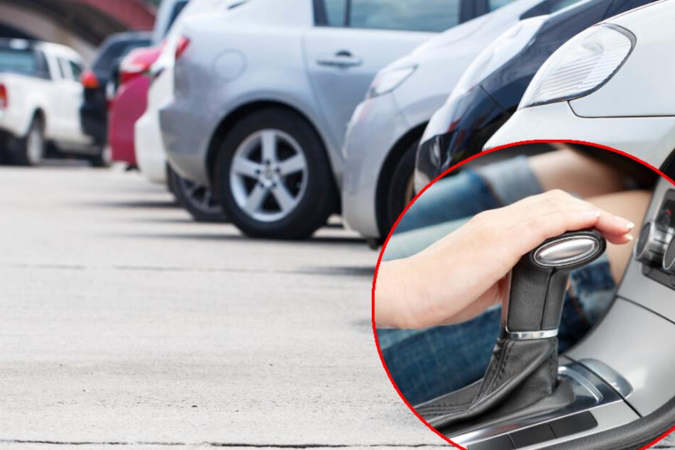 Frau wird vom eigenen Auto mitgeschleift und verletzt