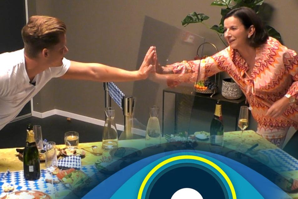 Big Brother: Jetzt ist klar, warum Claudia Obert in der Liveshow so schräg war!