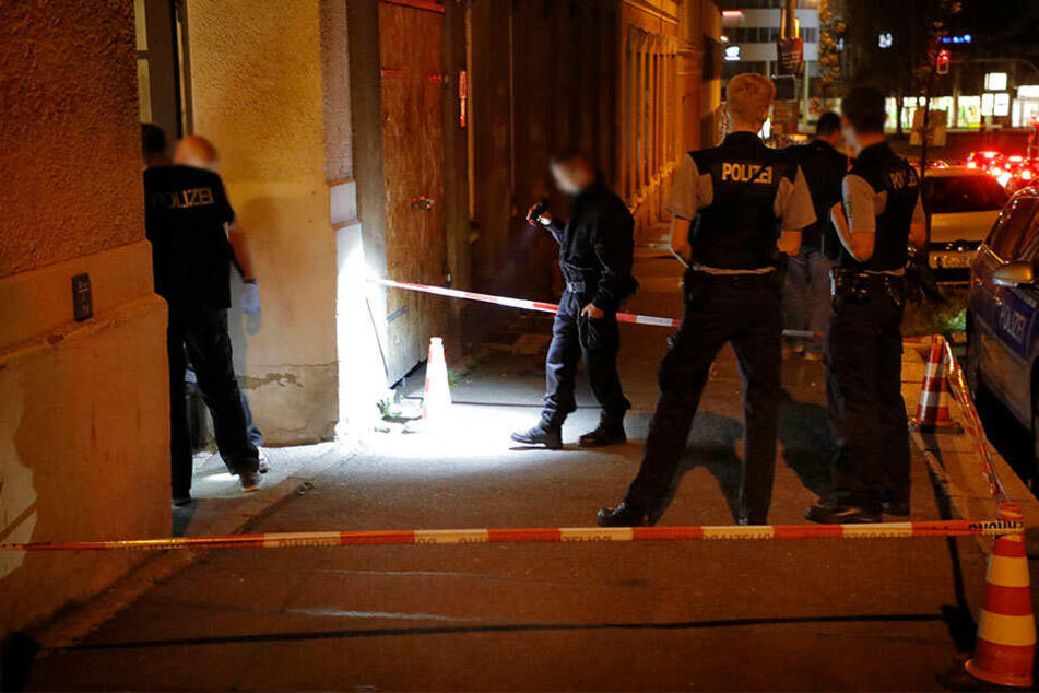 Die Kriminalpolizei sicherte noch in der Nacht Spuren.