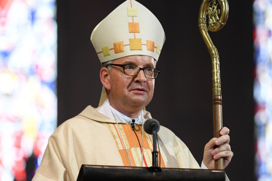 Das Foto aus dem August 2017 zeigt den Mainzer Bischof Peter Kohlgraf während seiner Amtseinführung im Mainzer Dom.