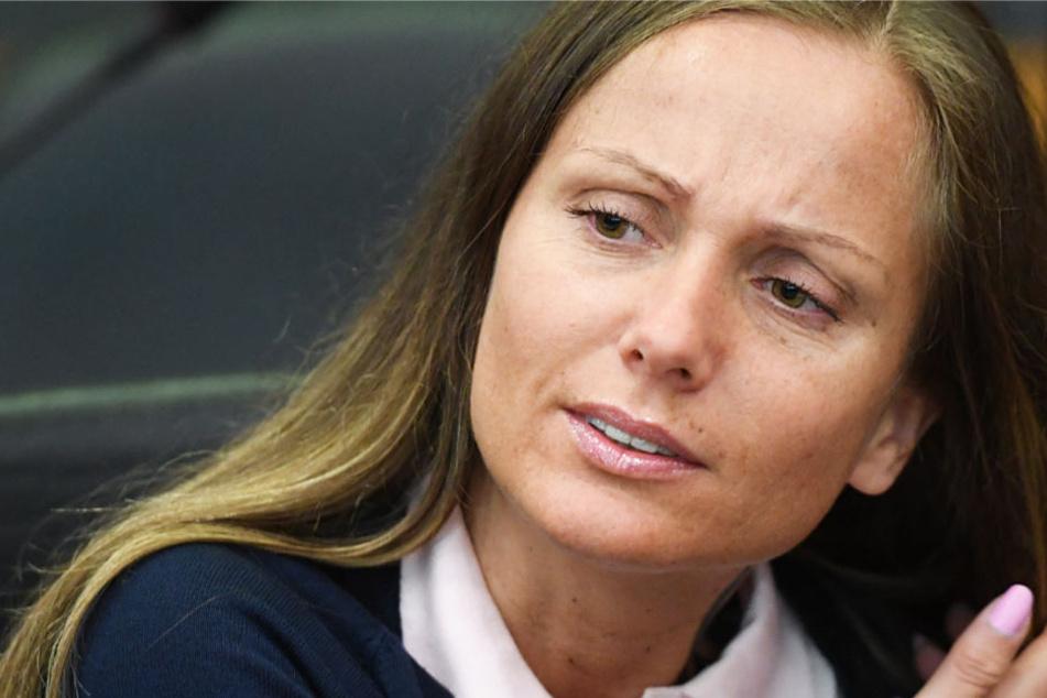 Die Rapperin Schwesta Ewa musste sich im Juni vor dem Landgericht Frankfurt verantworten.