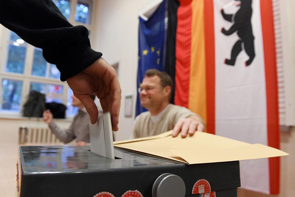 Eine deutlich höhere Wahlbeteiligung als 2013 zeichnet sich ab.