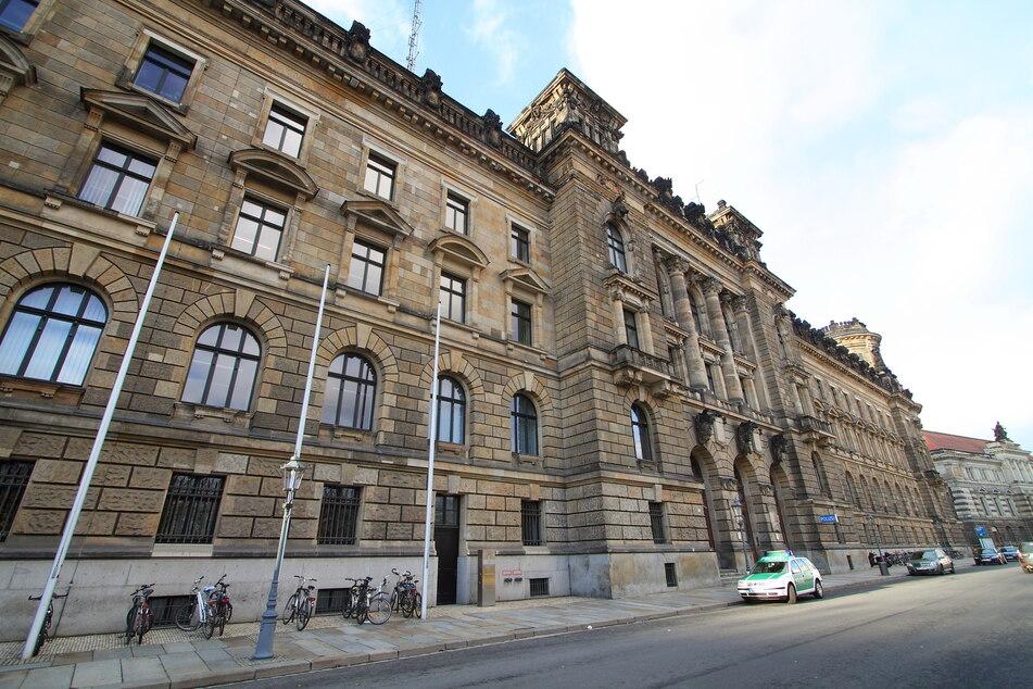 Dresden: Erste Obduktion ergibt: Festgenommener Italiener starb nicht an Gewalteinwirkung!