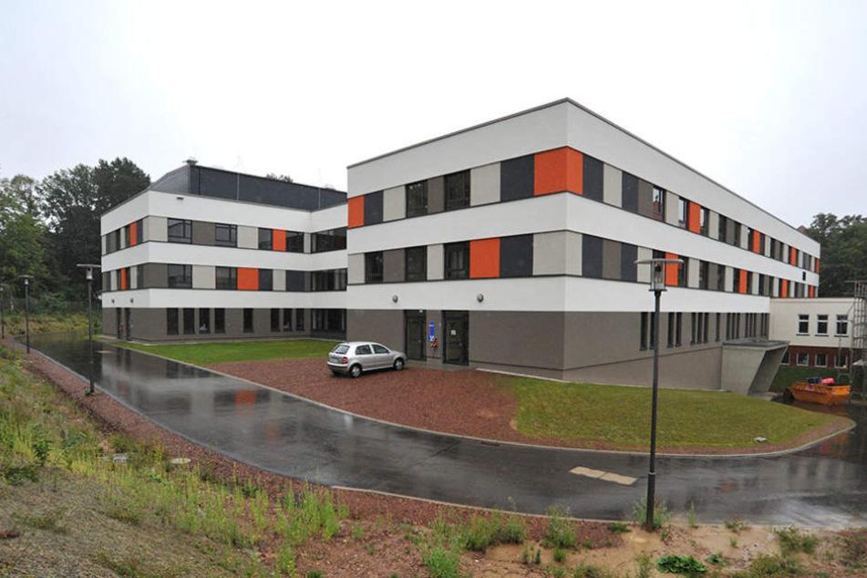 Im Haus 35 sind die betroffenen Stationen im Gelände des Küchwald-Klinikums untergebracht.