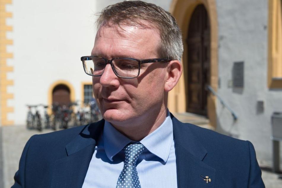 Oberbürgermeister Sven Krüger (SPD) will um den Erhalt von Solarworld kämpfen.