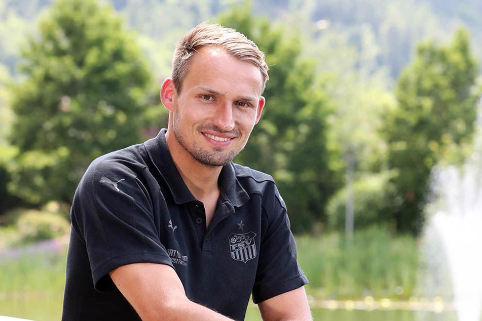 Gut gelaunt: FSV-Kapitän Toni Wachsmuth im Teamhotel in Bad Blankenburg.
