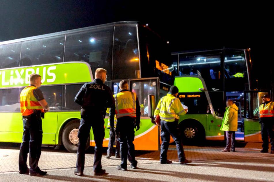 Hier wurden am Wochenende dutzende Flixbusse auseinander genommen