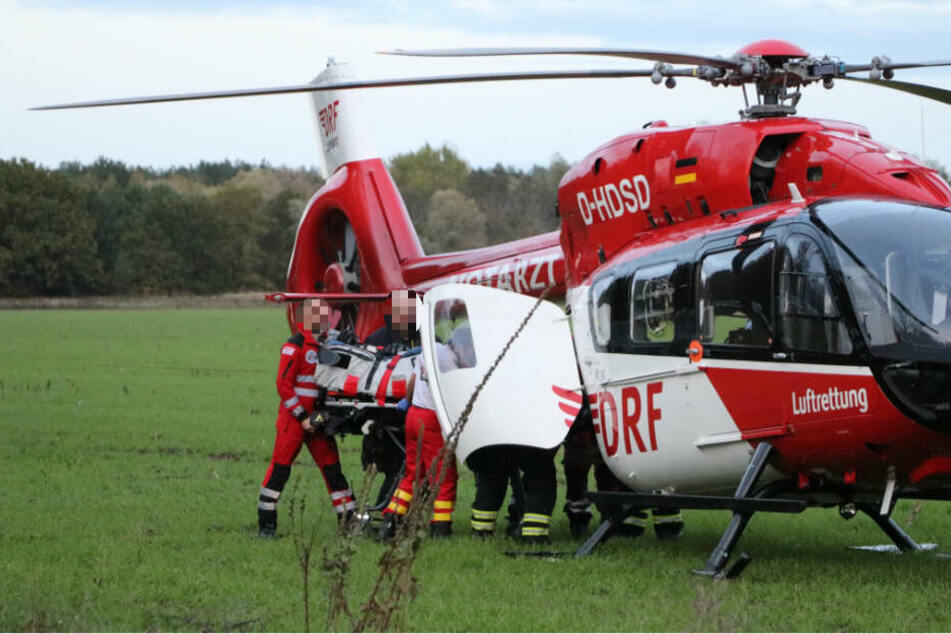 Der Mann wurde mit schweren Brandverletzungen in eine Spezialklinik geflogen. (Symbolbild)