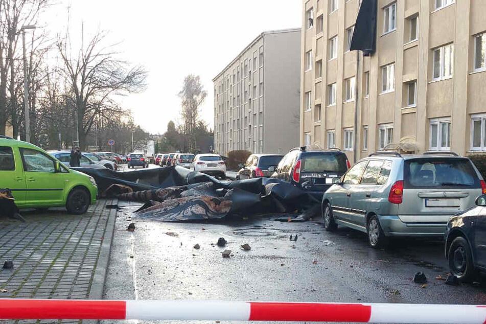 Polizei und Feuerwehr hatten allerhand zu tun, die Schäden in Gera aufzunehmen und zu beseitigen.