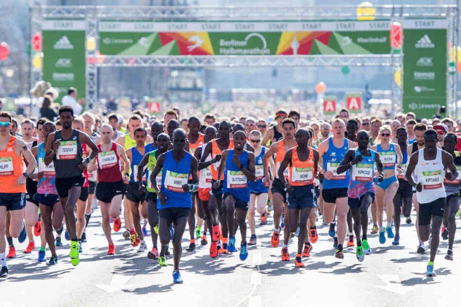 Startschuss für den 28. Berliner Halbmarathon.