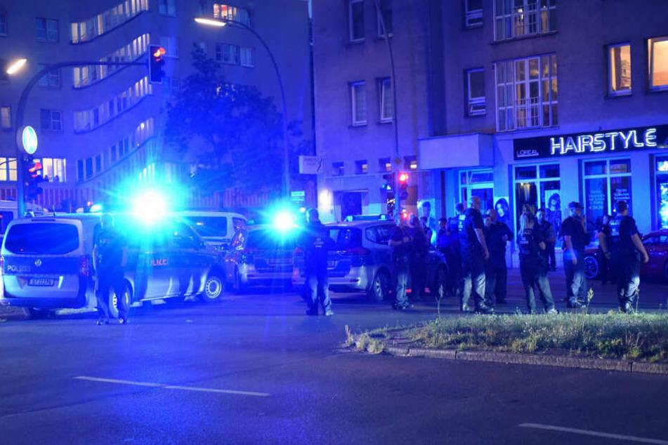 Die Berliner Polizei hat in Wedding einen Hochzeitskorso gestoppt.