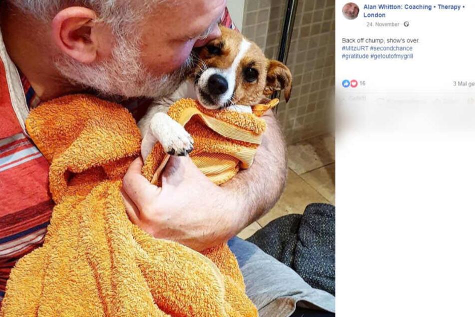 Alan und sein Hund Mitzi. Nach der Aufregung erst einmal eine ausgiebige Dusche!