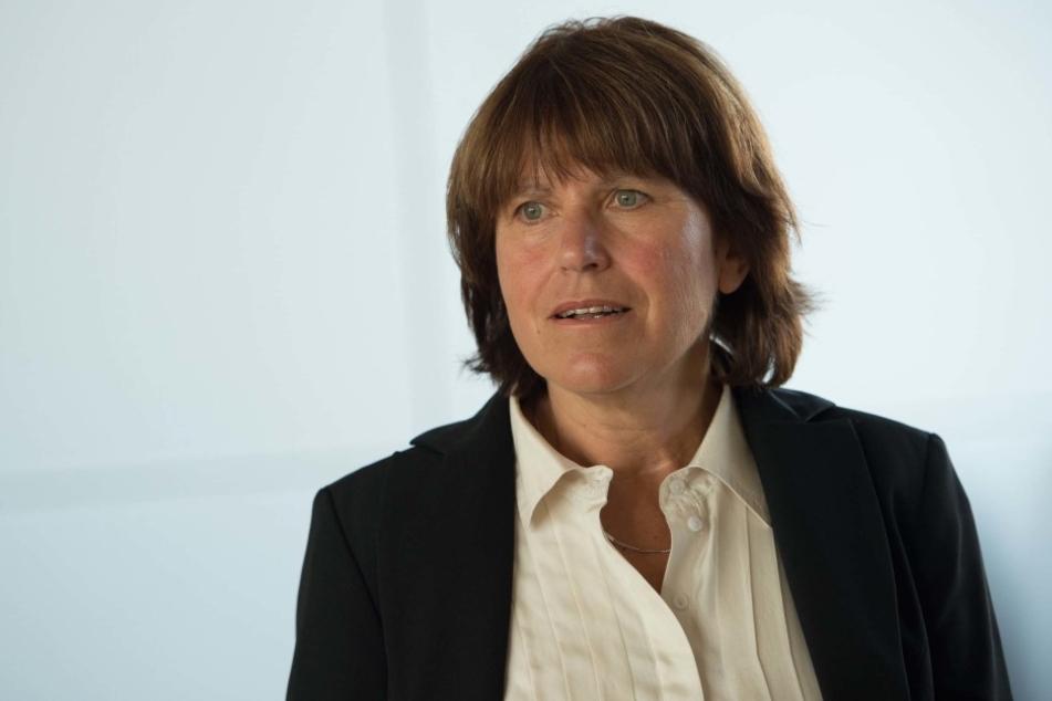 40 Prozent der Rathaus-Mitarbeiter wollen früher in Rente gehen. OB Pia  Findeiß (60, SPD) hat Verständnis.