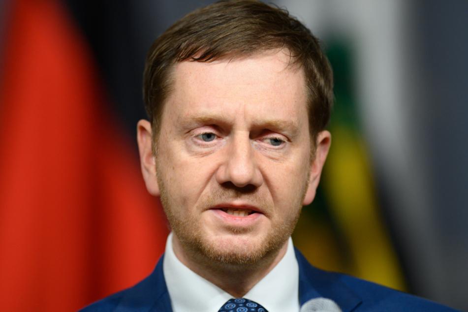 Anruf mit hoffentlich konstruktiven Folgen: Sachsens Ministerpräsident Michael Kretschmer (45, CDU) meldete sich bei dem frustrierten Gastronom.