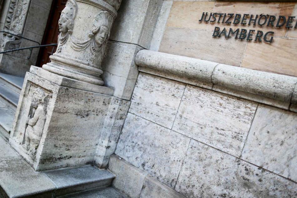Der Fall eines Mordes in einer Asylunterkunft beschäftigt in Bamberg das Landgericht.