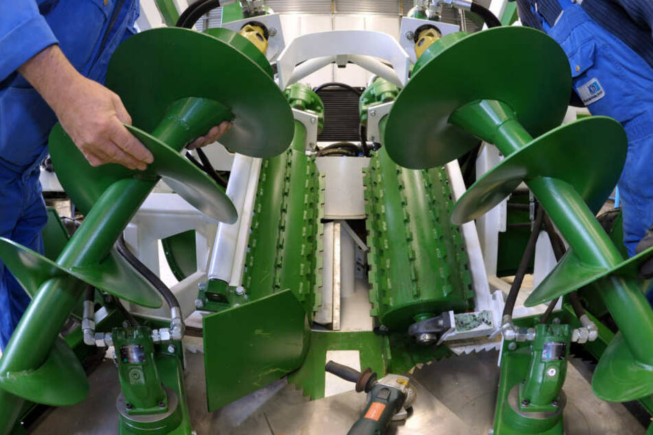 Zum Bedienen bestimmter Maschinen braucht man Facharbeiter, doch die fehlen in Thüringen.