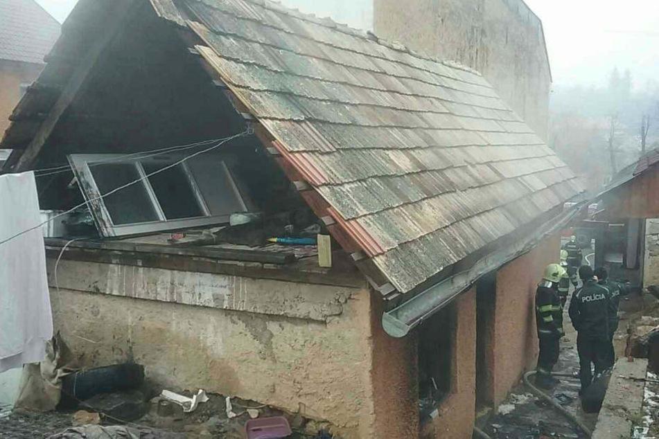 Das Einfamilienhaus brannte komplett aus.