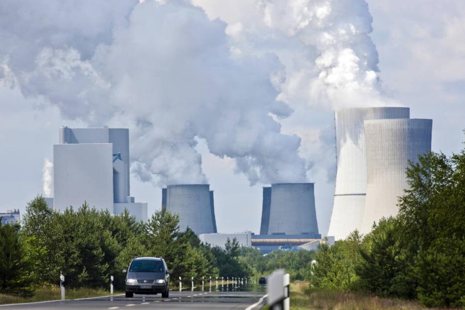 Müssen die Kraftwerke, wie dieses in Boxberg, eher dicht machen?