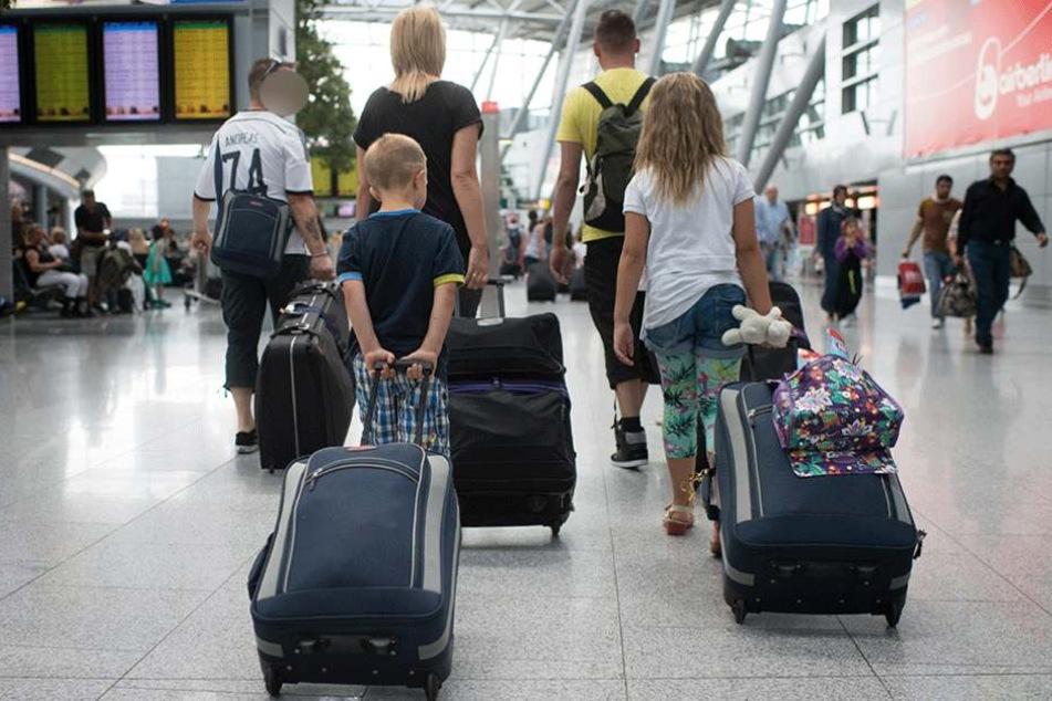 Eine Familie aus Berlin brauchte drei Tage um ihr eigentlich per Direktflug geplantes Ziel zu erreichen (.
