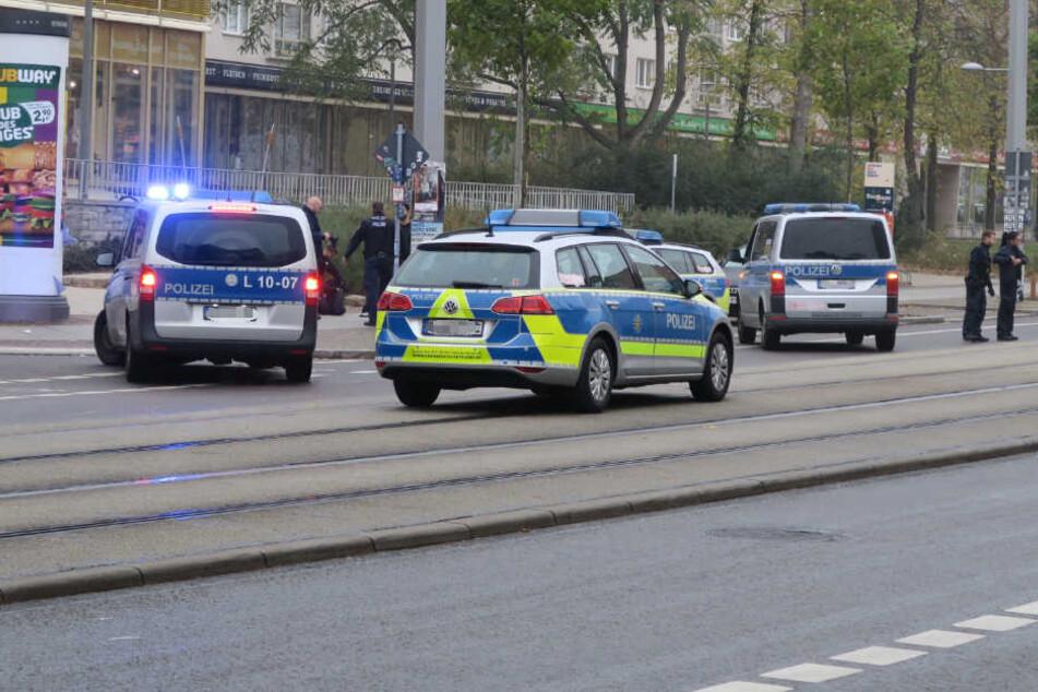 Die Polizei rückte am Sonntag zu einer Schlägerei auf der Karl-Liebknecht-Straße an.