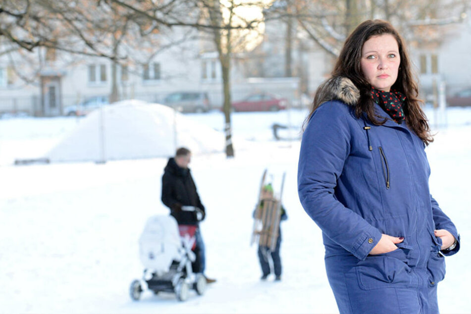 Enttäuscht: Nach vielen Absagen ist die zweifache Mama Bettina K. (27) weiter  auf Jobsuche.