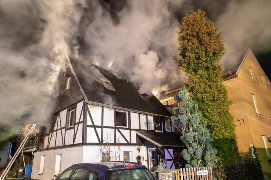 Familie hat durch Brand alles verloren: Jetzt könnt Ihr für sie spenden!