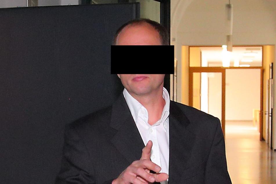 Jens S. (38), ehemaliger technische Leiter der Firma, fühlt sich noch immer  vom Vorarbeiter bedroht.