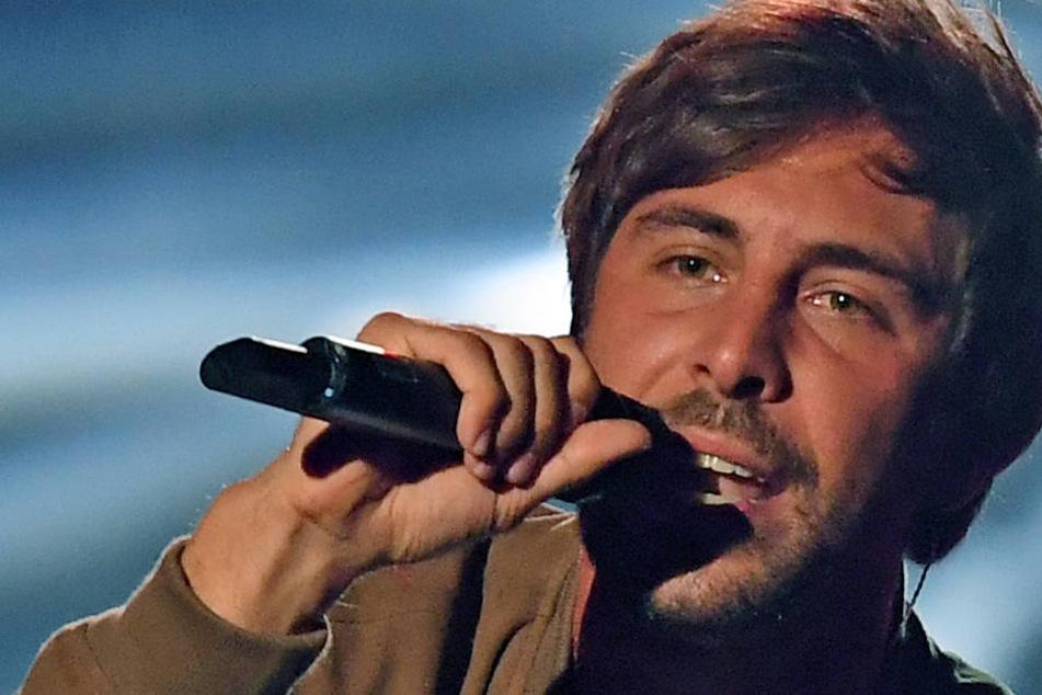80-Millionen-Sänger Max Giesinger bringt mit seiner inneren Zerrissenheit seine Fans zum Nachdenken.