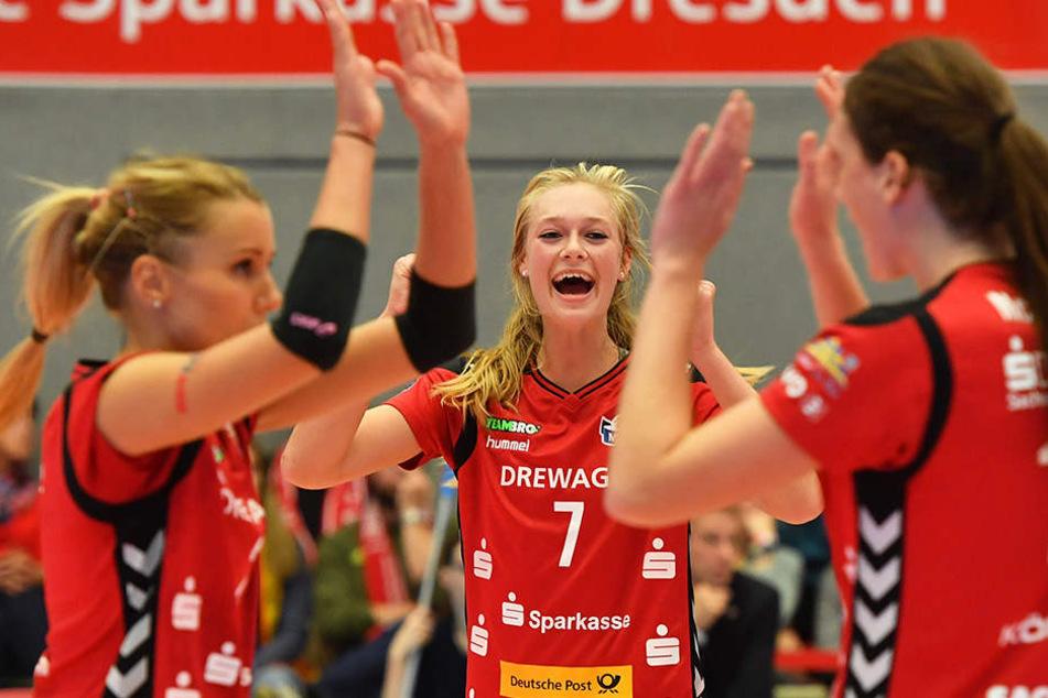 Jubel über den Sieg. Doch die Verletzung vonEva Hodanova trifft die Mannschaft hart.