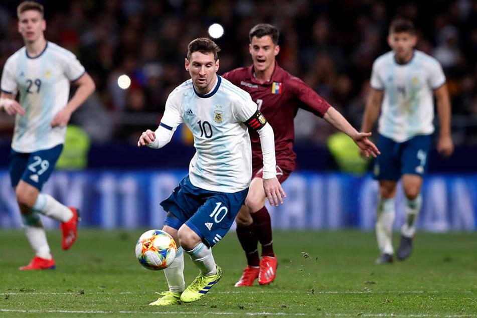 So hatte sich Lionel Messi (31) seine Rückkehr zu der argentinischen Fußball-Nationalmannschaft ganz bestimmt nicht vorgestellt.