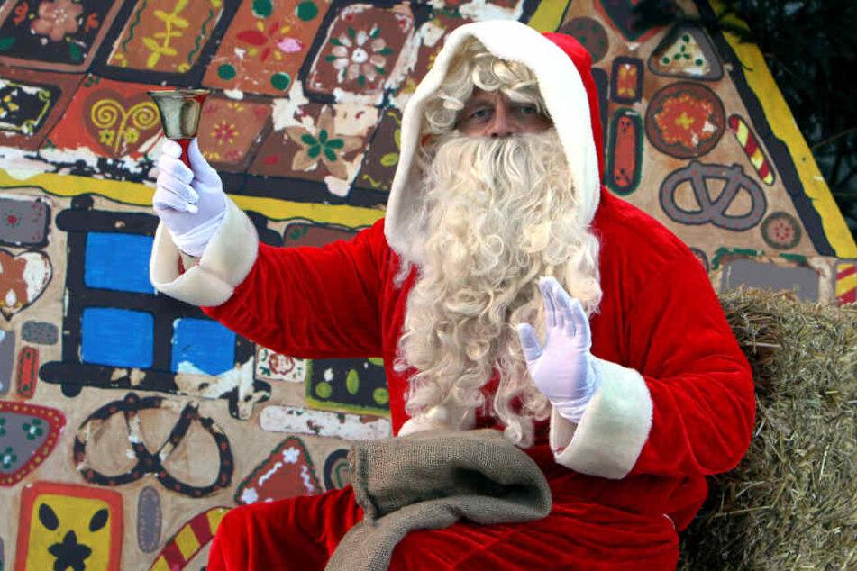Wer schon immer mal als Weihnachtsmann auftreten wollte, kann sich bei der Arbeitsagentur melden.