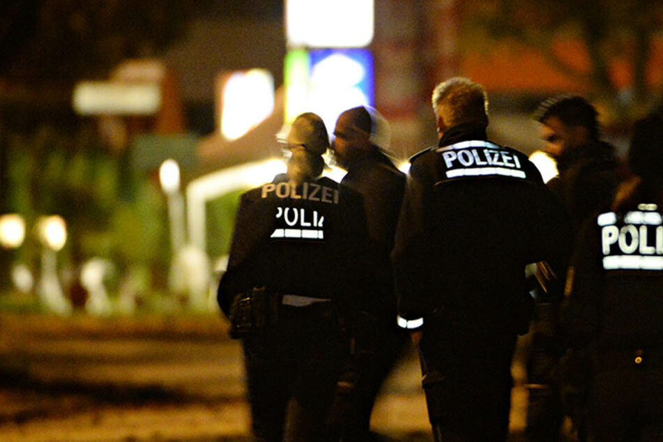 Ob es noch am Abend Festnahmen durch die Polizei gab, ist nicht bekannt. (Symbolbild)