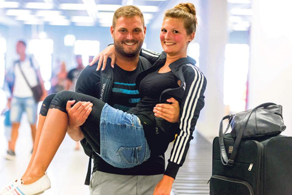 Hatten nichts zu klagen: Lutz Schubert (31) und Freundin Maggie Funke (22)  aus Dresden.