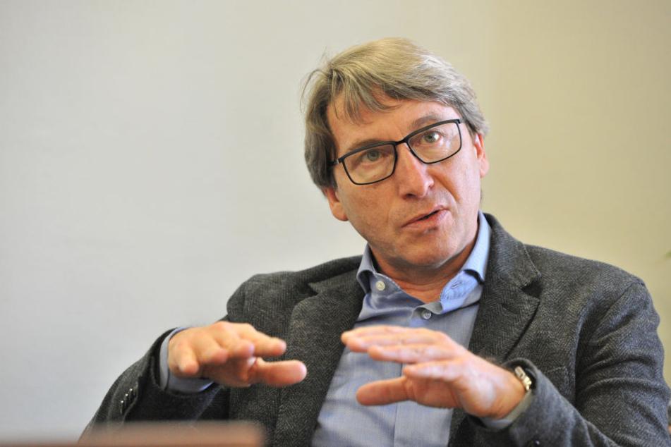 Tiefbauamtsleiter Bernd Gregorzyk (61).